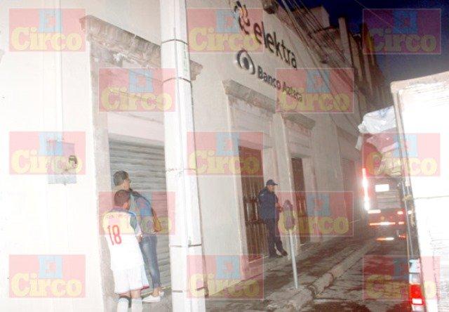 ¡Murió un hombre dentro de la tienda Elektra en Lagos de Moreno!