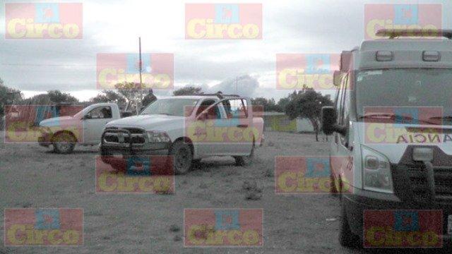 ¡FOTOGALERIA/ Asesinaron a puñaladas a un adicto en unas tapias en Saín Alto, Zacatecas!