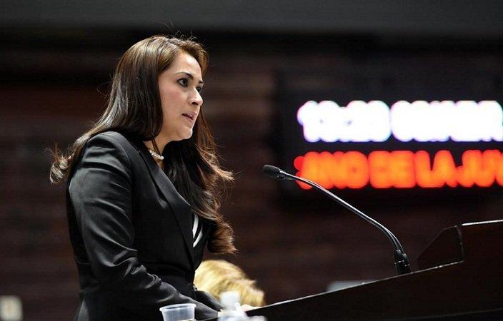 ¡Aplaude Tere Jiménez la aprobación del Sistema Nacional Anticorrupción!