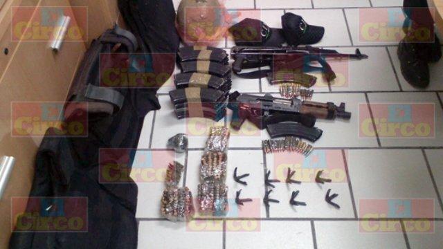 ¡Capturaron a un sujeto con un arsenal y droga en Saín Alto!