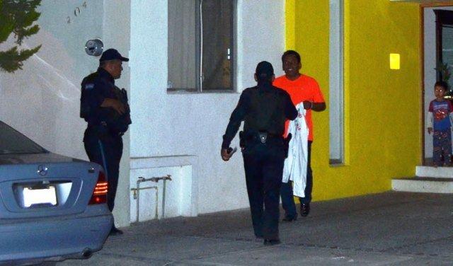"""¡El candidato priista Gregorio """"Goyo"""" Zamarripa golpeó a su mujer y policías de Jesús María se negaron a detenerlo!"""