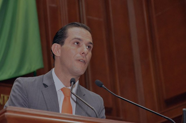¡Oswaldo Rodríguez comprometido para erradicar la violencia escolar en Aguascalientes!