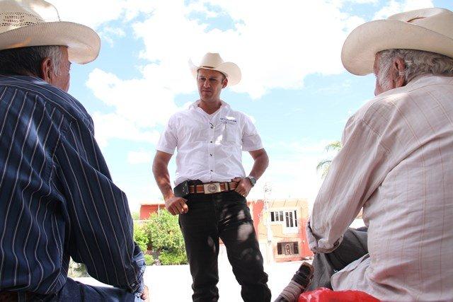 Proponen a Gerardo Salas legislar para bajar el precio de los combustibles