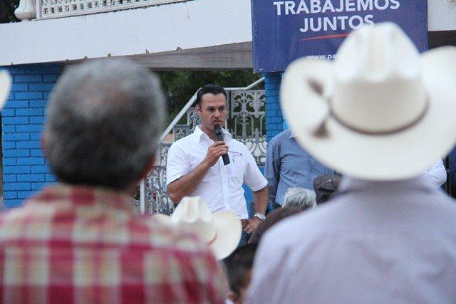 Piden ganaderos a Gerardo Salas legislar para erradicar el robo de ganado en el Estado