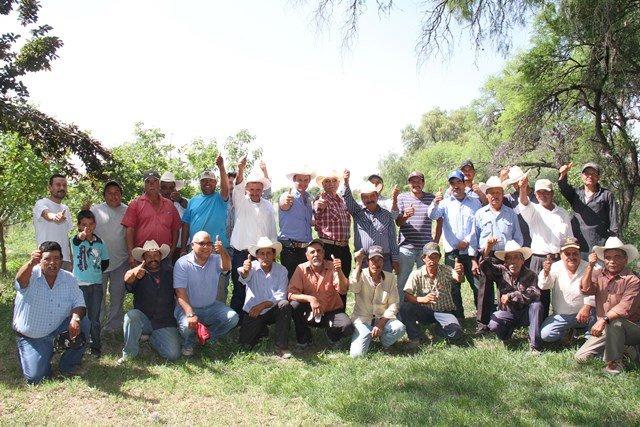 ¡Ofrece Gerardo Salas legislar para detener importación de leche y apoyar a productores mexicanos!