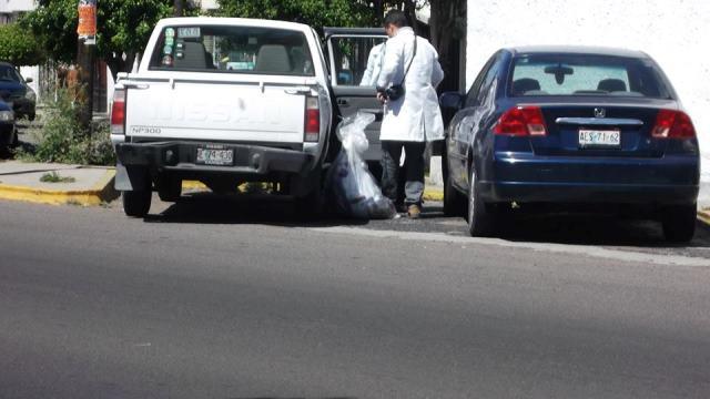 ¡FOTOGALERIA/ 2 pistoleros pretendieron asaltar un negocio de máquinas de coser en Aguascalientes!