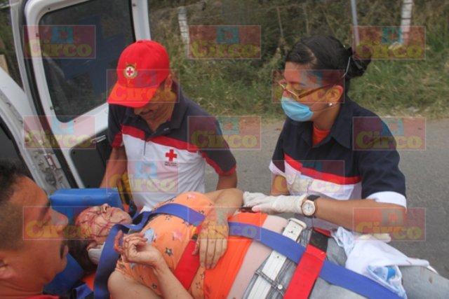 ¡Ebrio sujeto provocó un accidente en Lagos de Moreno con saldo de una muerta y 7 lesionados!