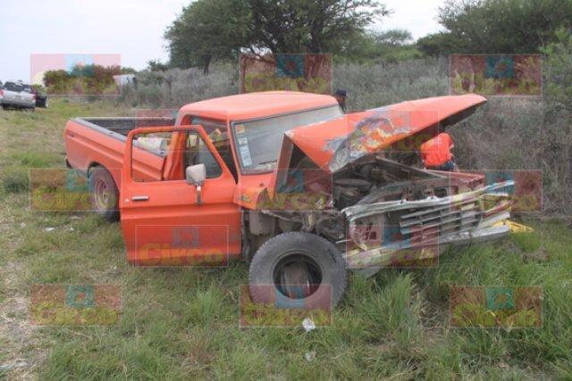 ¡FOTOGALERÍA/ Ebrio sujeto provocó un accidente en Lagos de Moreno con saldo de una muerta y 7 lesionados!