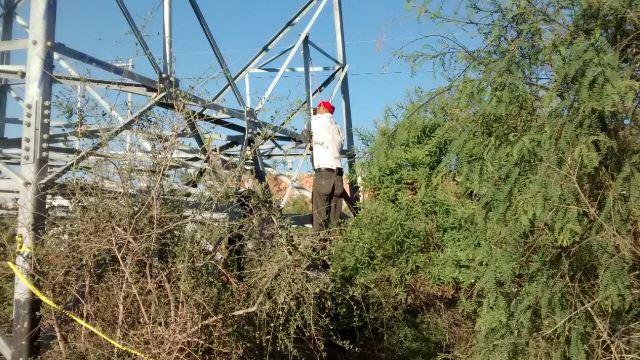 Desconocido se suicidó ahorcándose en una torre de la CFE en Aguascalientes