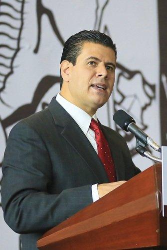 ¡Se derrumba imagen de Miguel Alonso. Asoma su corrupto gobierno!