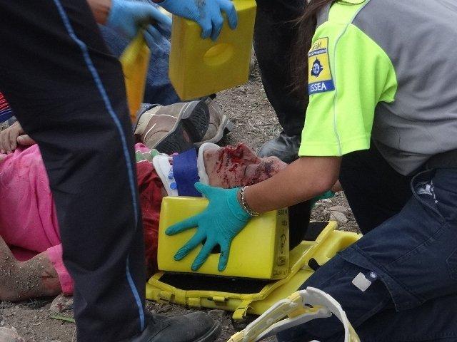1 muerto y 4 lesionados tras la volcadura de una camioneta en Aguascalientes