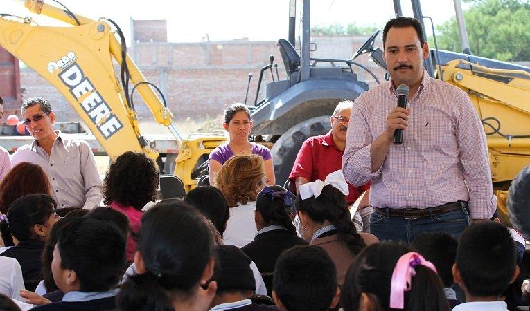 Arrancan obras de Foro Cultural en la Delegación Pocitos en Ags.