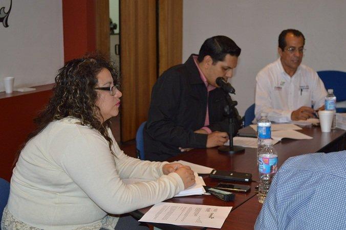 Municipio de Calvillo dona lote de panteón a asociación de enfermos renales
