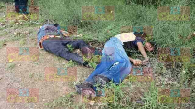¡Con el tiro de gracia ejecutaron a 2 hombres en Fresnillo!