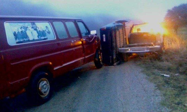Fatal choque entre 2 camionetas en Sombrerete dejó 1 muerto y 2 lesionados