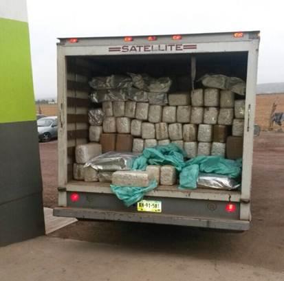 ¡Decomisa la Policía Federal una camioneta con más de 3 toneladas de droga en Ensenada!