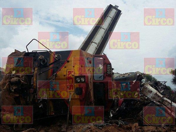 ¡Imprudente trailero provoca descarrilamiento de ferrocarril en Ags.!