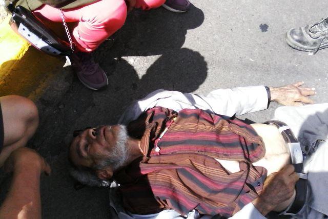 Taxista arrolló y lesionó de gravedad a un sexagenario en Aguascalientes