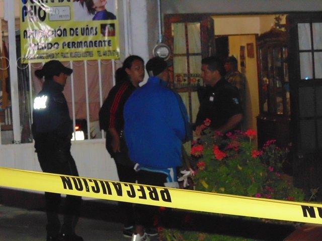 ¡FOTOGALERÍA/ Mujer asesinó a golpes a su anciana madre con un crucifijo de madera en Aguascalientes!