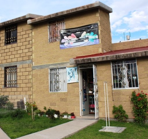 Policía municipal rescató a 2 niños de una casa que se incendiaba en Aguascalientes
