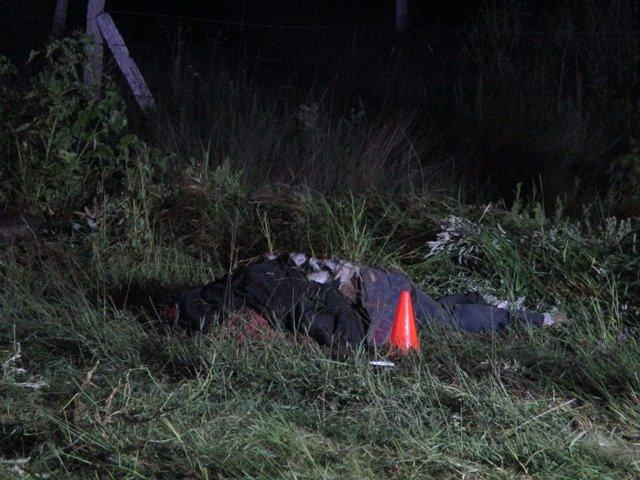 ¡2 muertos tras un choque-volcadura de una moto y una camioneta en Aguascalientes!