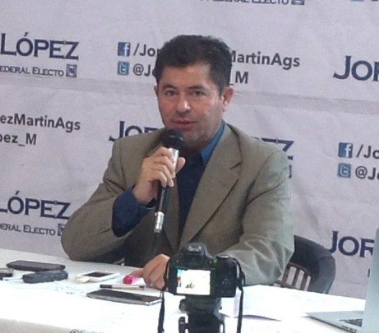 ¡Exhorta Jorge López a gobernadores y presidentes municipales a realizar una reingeniería en el gasto público del 2016!