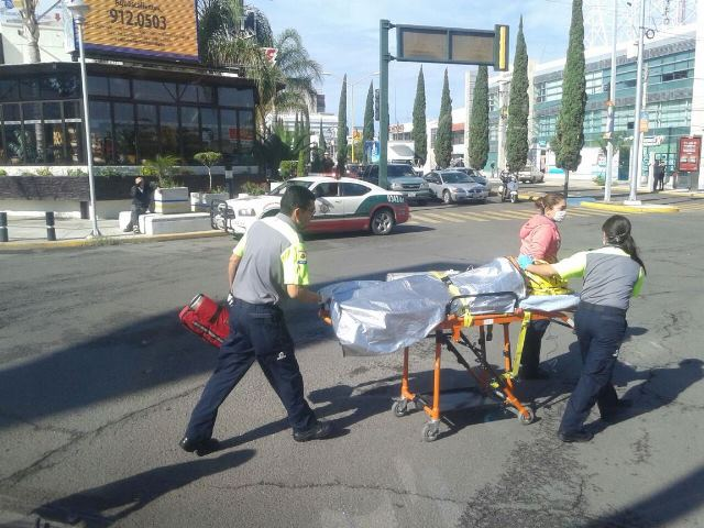 ¡6 heridos en fuerte accidente en Aguascalientes; movilizaron a una víctima en el helicóptero de la SSPE!