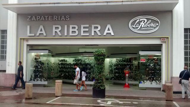 ¡Pistolero asaltó una zapatería en plena Zona Centro de Aguascalientes!
