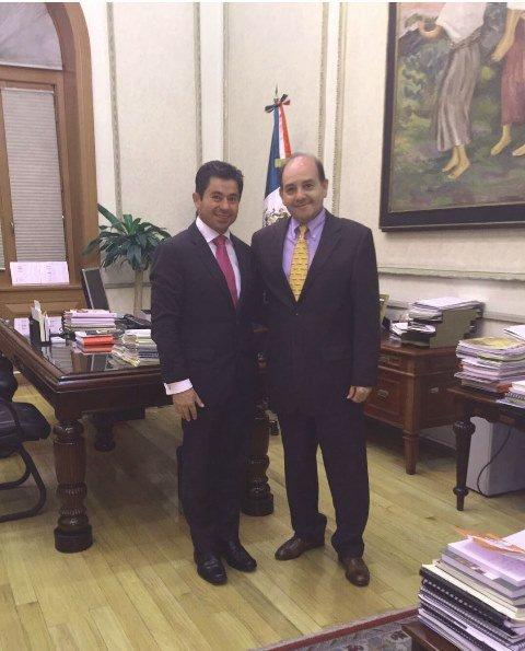 ¡Se reúne Jorge López Martín con el subsecretario de Enlace Legislativo de la SEGOB!