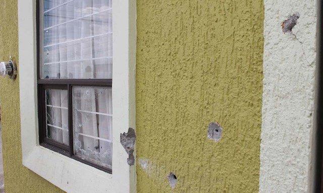 ¡Sicarios balearon una casa en Fresnillo con armas de fuego largas!