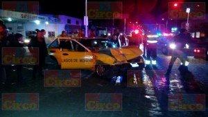 DRAMATICO RESCATE DE JOVEN EN UN CHOQUE DE TAXI EN LAGOS_06