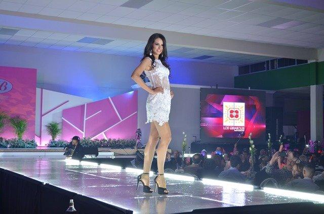 ¡Coronan a Eliana Villegas como Nuestra Belleza Zacatecas 2015!