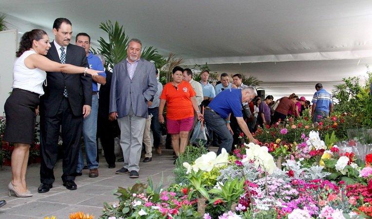 ¡Inaugura el MunicipioAgs el Primer Encuentro de Viveristas!