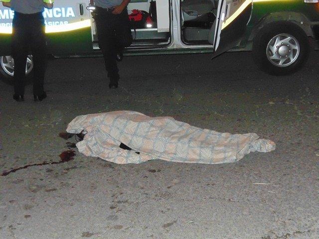 ¡Tras comprar unos tacos, hombre fue arrollado y muerto por un auto en Aguascalientes!