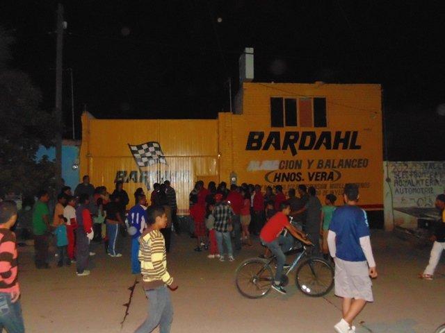 ¡Mecánico murió aplastado por una camioneta en un taller en Aguascalientes!