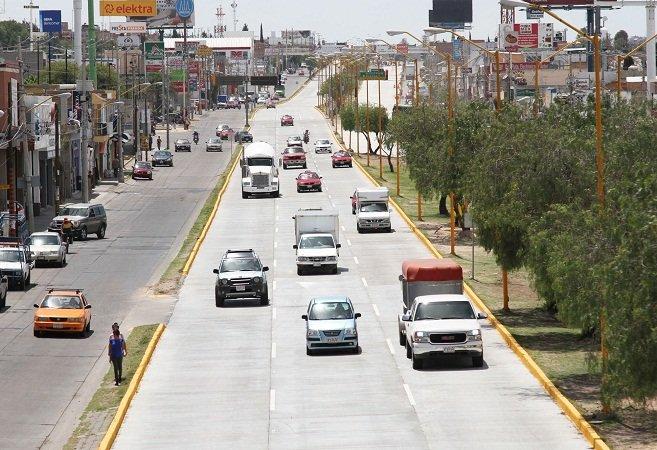¡Arrancan obras de repavimentación en Blv. Guadalupano y en Av. Parras!
