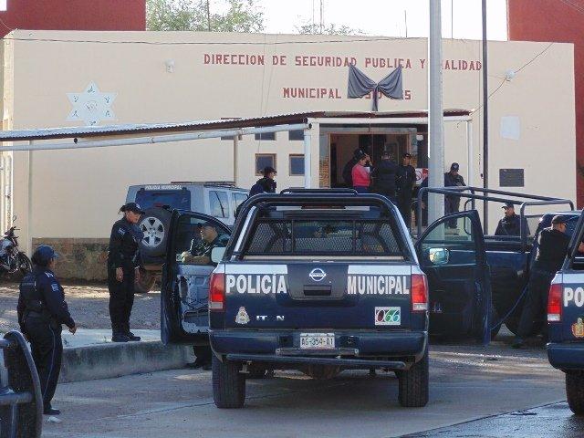 ¡Ex preventivo y ex convicto se suicidó en la Comandancia de Policía de Cosío!