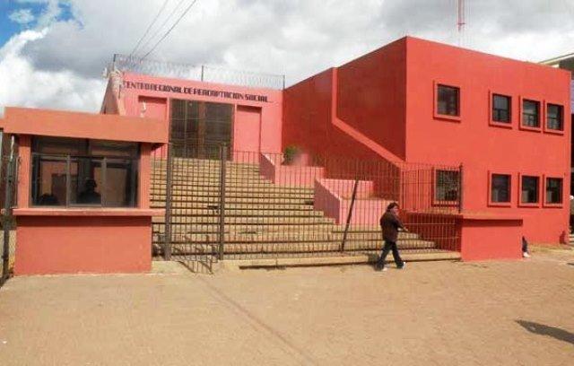 ¡Interno del CERERESO de Zacatecas se suicidó ahorcándose con una agujeta en la regadera!