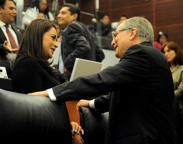 ¡Se presenta en instancias federales la diputada Tere Jiménez para que se concluya el Hospital Hidalgo!