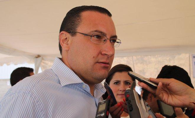 ¡Repercutirá en la economía de Ags. el desabasto de gasolina y diesel: Paulo Martínez!