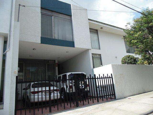 ¡Atracaron otras 2 residencias en Aguascalientes; los hampones se llevaron $480 mil!