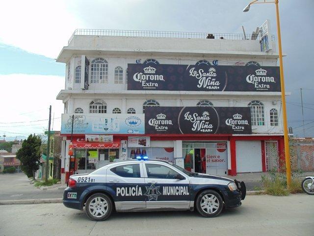 ¡2 sujetos consumaron violento asalto en un mini-súper en Aguascalientes!