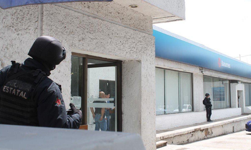 ¡Solitario pistolero asaltó un banco en Guadalupe, Zacatecas!