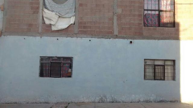 ¡FOTOGALERIA/ Dos sujetos balearon un domicilio en Jesús María y escaparon en un auto!