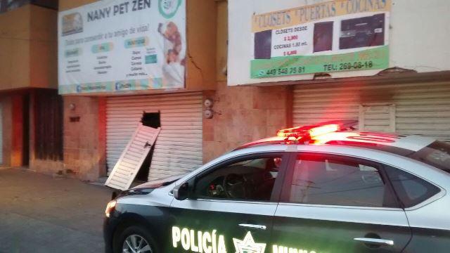 ¡Delincuentes saquearon una veterinaria en Aguascalientes y obtuvieron jugoso botín!