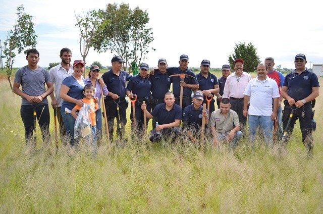 ¡Reforestan terrenos del Rastro Municipal en Calera!