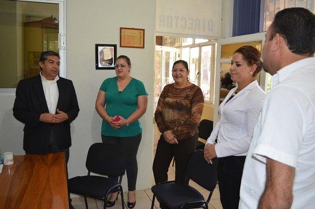 ¡Ratifica alcalde de Calera su compromiso con el sector educativo!