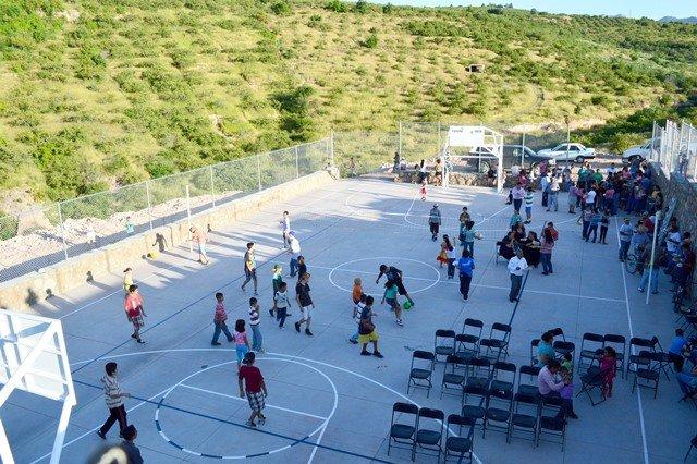 ¡Construyendo obras para el deporte le damos esperanza a la juventud de Calvillo: AVL!