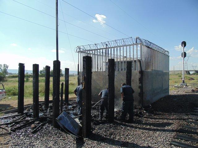 ¡Se incendió una repetidora de FERROMEX en Aguascalientes!