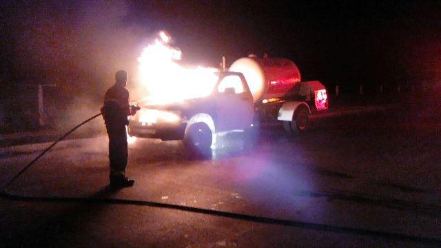 ¡Se incendió una pipa de gas en Aguascalientes por una falla mecánica!